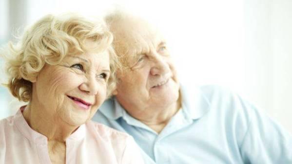 casal-de-idosos-20142102-original